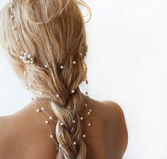 Hey, I found this really awesome Etsy listing at https://www.etsy.com/listing/190014760/wedding-pearl-headband-pearl-bridal-hair