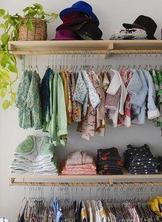 Closet Bedroom, Bedroom Storage, Bedroom Decor, Boutique Interior, Kids Store, Clothing Store Design, Children's Clothing Stores, Store Interiors, Retail Space