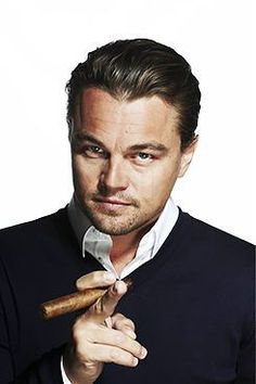LEONARDO DICAPRIO SMOKING A CIGAR • Tailored Ash