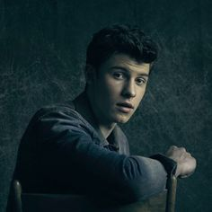 """Shawn, we all can't wait for """"Treat You Better"""" 6 DAYS"""