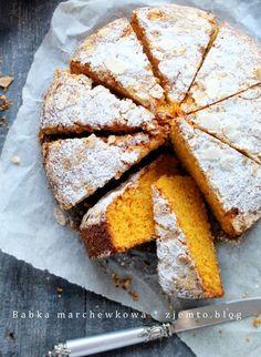 Babka marchewkowa – Zjem to! Cornbread, Food And Drink, Ethnic Recipes, Millet Bread, Corn Bread