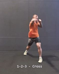 Mixed Martial Arts: Combination Build Up Boxing Training Workout, Mma Workout, Gym Workout Videos, Kickboxing Workout, Weight Training Workouts, Self Defense Moves, Self Defense Martial Arts, Boxing Techniques, Martial Arts Techniques