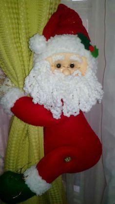 Resultado de imagen para imagenes cortineros navideños Christmas Crafts, Christmas Decorations, Xmas, Christmas Ornaments, Holiday Decor, Elf On The Shelf, Sewing Crafts, Santa, Dolls