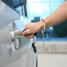 D&A 24/7 Locksmiths Brooklyn represented by the mostprofessional, experienced, and qualified locksmith in brooklyn. Once you call us and inform us about your problem, we will immediately send a professional locksmith technicianto your place. Our locksmith are capable of sorting our lock-related issues quickly and effectively.