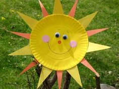 Paper Plate Sun Sunshine just screams summer! K - Paper Plate Sun    Sunshine just screams summer! Kids can bring some sunny rays into your own home, day or night, by making this easy craft.    • View the full Paper Plate Sun instructions  Ba