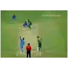 India Cricket Team, Cricket Sport, World Emoji, Dhoni Quotes, Cricket Quotes, Cricket Videos, Cricket Wallpapers, Bike Photoshoot, General Knowledge Facts