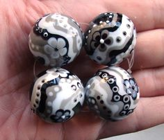 What the heck can you do with gray? - Page 6 - Lampwork Etc.