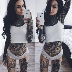 Monami Frost (@monamifrost) • Instagram photos and videos
