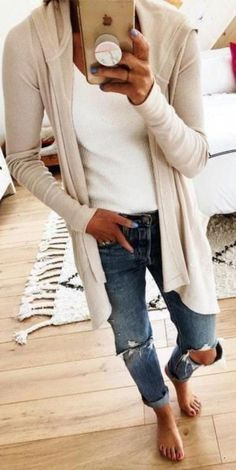 10 Stylish Fall Outfit inspiration & fashion tips for your perfect and cute fall outfits. The fall essentials you need to buy & how to mix and match to create stylish fall outfits. Winter Outfits, Casual Fall Outfits, Classy Outfits, Look Fashion, Autumn Fashion, Fashion Outfits, Fashion Rings, Elegantes Outfit, Stretch Jeans