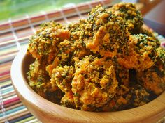 Crunchy Broccoli Cheese Puffs (Dairy-Free) Omit nutritional yeast and use fresh garlic Delicious Vegan Recipes, Raw Food Recipes, Veggie Recipes, Vegetarian Recipes, Healthy Recipes, Keto Recipes, Vegan Appetizers, Vegan Snacks, Appetizer Recipes