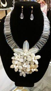 Floral Rock Necklace Set