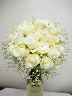 Romantic Roses and Baby's Breath