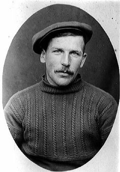 British east coast fisherman gansey illustrating the patterning for extra warmth on the chest while the lower section remains plain to tuck into the oilskins