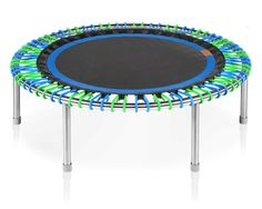 """The bellicon Premium 44"""" with a black blue mat and blue green bungees."""