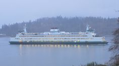 The ferry passes by almost every hour.