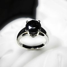 Anillo de compromiso de diamante negro Black por beyondtherockz