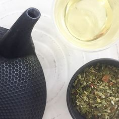 All natural loose green and mate tea. A berry infused, fruit forward tea. Yerba mate is an Argentinian Tea known for its health properties, and has been used b Yerba Mate, Tea Blends, Pick Me Up, Teas, Caffeine, Berry, Weather, Weight Loss, London