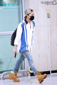 G-Dragon @ Gimpo Airport 140507