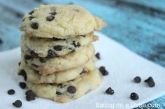 Cake mix cookies are the best! Try these easy Cake mix chocolate chip cookie recipe next time you are craving a cookie. This version of cake mix mix chocolate chip cookies are easy and taste great!
