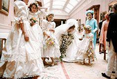 Casamento da princesa Diana de Gales. #casamento #famosos #princesaDiana