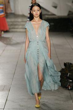 Carolina Herrera коллекция   Коллекции весна-лето 2018   Нью-Йорк   VOGUE
