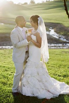 the bride wore a gorgeous ruffled wedding gown | jHenderson Studios | The Lovely Find