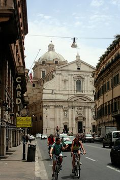 """The Church of the Gesù (Italian: Chiesa del Gesù; Italian pronunciation: [ˈkjɛːza del dʒeˈzu]) is the mother church of the Society of Jesus, a Roman Catholic religious order also known as the Jesuits. Officially named Chiesa del Santissimo Nome di Gesù all'Argentina[1][2] (English: Church of the Most Holy Name of Jesus at the """"Argentina""""),[3] its facade is """"the first truly baroque façade"""", introducing the baroque style into architecture"""