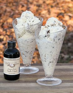 Homemade Vanilla Peanut Butter Cup Ice Cream