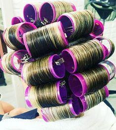 Big Hair Rollers, Sleep In Hair Rollers, Natural Hair Regimen, Natural Hair Growth, Natural Hair Styles, Marley Twists, Perm Rods, Roller Set, Kinky Hair