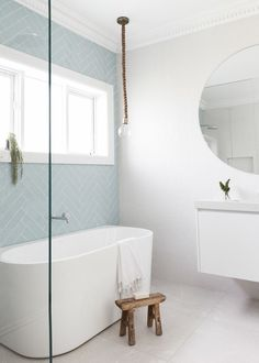 Simple Bathroom Shower Makeover Decor Ideas to Upgrade Your Bathroom Bathroom Renos, Laundry In Bathroom, Simple Bathroom, Bathroom Renovations, Home Renovation, Modern Bathroom, Bathroom Ideas, Bathroom Tubs, Blue Bathroom Tiles