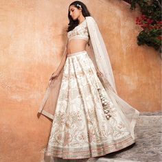 Find the breathtaking bridal wear collections by the most amazing Anita Dongre, Rahul Mishra and Tarun Tahiliani. Get latest bridal dress collection by most famous designers. Anita Dongre, Indian Wedding Outfits, Indian Outfits, Ethnic Outfits, Indian Clothes, Indian Weddings, Silk Lehenga, Anarkali, Yellow Lehenga