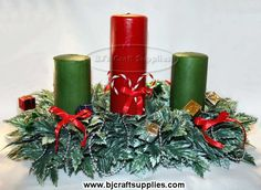 Free Craft Patterns - Fun Craft Patterns - Free Craft Project Patterns for all types of crafts. Candle Centerpieces, Christmas Centerpieces, Christmas Candles, Christmas Wreaths, Graham Cracker Gingerbread House, Types Of Craft, Craft Patterns, Christmas Projects, Craft Projects