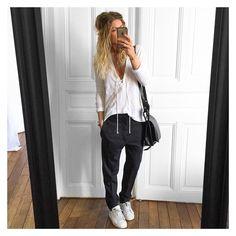 3,616 отметок «Нравится», 43 комментариев — Mélanie Delhaye (@meleponym) в Instagram: «Tee #thekooples (Co été ) pantalon Senda #isabelmarant chez @kidnapull.reims baskets #stansmith sur…»