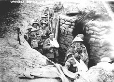 Soldiers in WW1 trenches