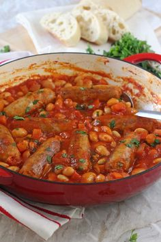 A quick and easy family dinner recipe; Sausage & Butterbean Casserole cooked on the hob in less than 30 minutes! A quick and easy family dinner recipe; Sausage & Butterbean Casserole cooked on the hob in less than 30 minutes! Easy Family Dinners, Easy Meals For Kids, Family Meals, Easy Dinners, Cheap Dinners, Family Recipes, Group Meals, Pork Recipes, Vegetarian Recipes