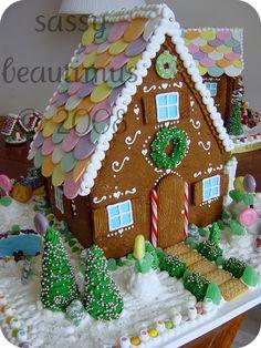 DSC00919 | sassybeautimus - The Gingerbread Journal | Flickr