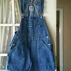 "Vintage Denim Style Overalls by Squeeze Fashionably chic then and now, these vintage overall shorts are adorable. In excellent condition. Measurements are as follows: 32"" length / 15"" width / 3"" inseam / 11"" leg opening. 100% Cotton  Lable tag size M. Vintage Pants Jumpsuits & Rompers"