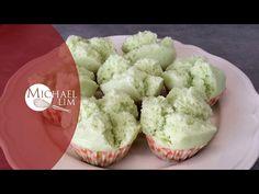 Steamed Pandan Cupcakes - YouTube
