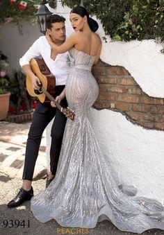 Stunning Wedding Dresses, Wedding Dress Sizes, Dream Wedding Dresses, Wedding Gowns, Bridal Dress Shops, Wedding Dress Shopping, Bridal Dresses, Lace Mermaid Wedding Dress, Mermaid Dresses