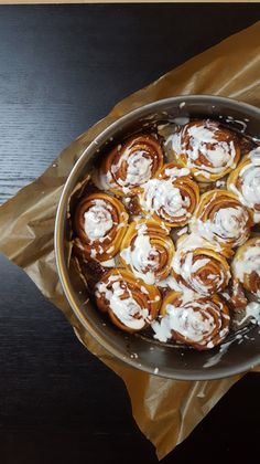 Zimtschnecken Here you will finally find the recipe for the ever-popular cinnamon buns! Sweet Bread Meat, Cherry On The Cake, I Love Food, No Bake Cake, Food Inspiration, Sweet Recipes, Sandwiches, Food Porn, Easy Meals