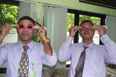 2.400 Kacamata Khusus Gerhana Matahari Ludes Terjual