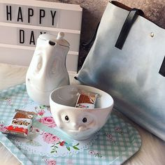 I am in love with @tassenworldwide 🌸👀🍫 Now on my blog http://www.piubellepiubuone.com Thanks @zaful for my new @bag ❤️ #tassen #home #design #yummy #kinder #love #cute #happyday #bags #zaful #instahome #food #foodporn #instagood #instadaily #instalike #instagramer #instagram #beautiful #homedecor #tea #mug #mugeyeshadows #troppotogogang #troppotogo