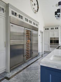Luxury Kitchen Design, Luxury Kitchens, Interior Design Kitchen, Home Kitchens, Tuscan Kitchens, High End Kitchens, Interior Modern, Home Interior, Large Fridge