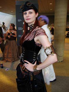lovely steampunk lass (by greyloch)