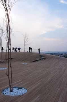 Ten Arquitectos: Cinco de Mayo Memorial—  An undulating park structure shelters an amphitheatre, playground and gallery, evoking the original topography of an important site in Mexican history. A news report from Puebla
