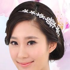 Crystal flower hair band decorations Super cute to wear on festivals, parties, or weddings Accessories Hair Accessories