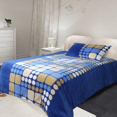 Mikroplyšové povlečení Microdream – 70×90 + 140×200 – Ruby modrá Pohodlné Mikroplyšové povlečení Microdream – 70×90 + 140×200 – Ruby modrá levně.Exkluzivní mikroplyšové povlečení. Pro více informací a detailní popis tohoto povlečení přejděte na stránky … Comforters, Blanket, Bedding, Furniture, Home Decor, Creature Comforts, Quilts, Decoration Home, Room Decor