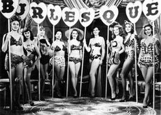 old time burlesque show! like our Tassle's Neo Burlesque show coming up! Burlesque Vintage, Burlesque Corset, Burlesque Show, Burlesque Costumes, Burlesque Theme, Vintage Lingerie, Glamour, Pin Up Style, Showgirls