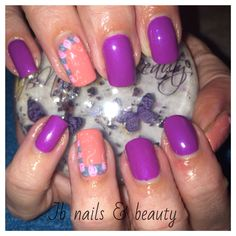 Purple & peach gel polish on natural nails with hand painted flowers