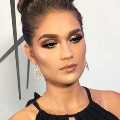 "1,036 curtidas, 17 comentários - HELDER MARUCCI (@heldermarucci) no Instagram: ""Makeup #HelderMarucci The Makeup Class Glam Makeup #vegas_nay #hudabeauty #makeupartist…"""